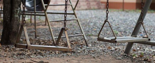 swings schoolyard injury