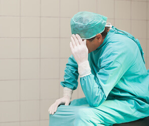upset surgeon over medical malpractice case